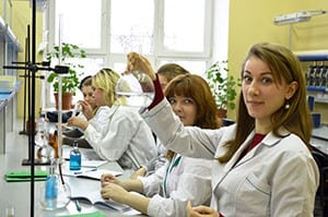 Изучение курса «Микробиологии и вирусологии» студентами
